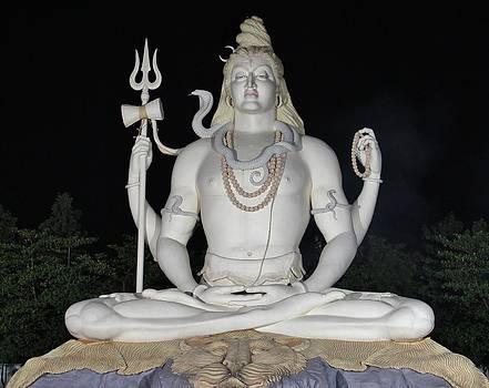 Shiva Statue at Kachnar City by Sandeep Gangadharan