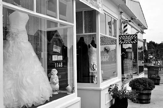 Shops  by Gwen  Dubeau