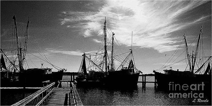Shrimp Boats - bw by Leslie Revels