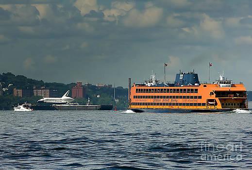 Tom Callan - Shuttle Enterprise glides past Staten Island Ferry