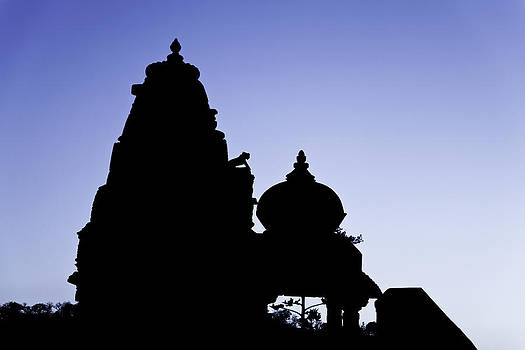 Kantilal Patel - Silhouette of Jain and Hindu Temple