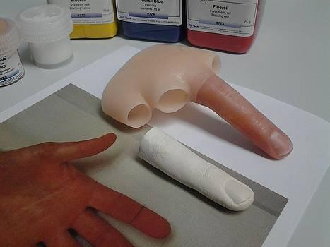 Silicone Finger by Riek  Jonker