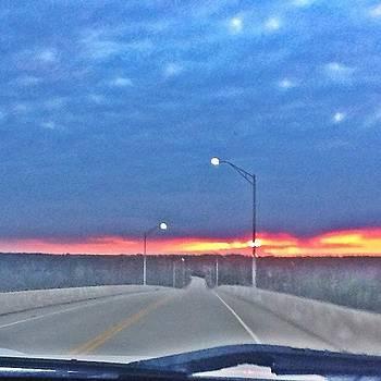 #sky #skyporn #sunset #sunsetlovers by Matthew Loving