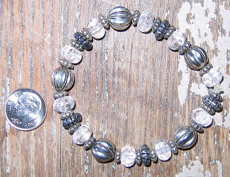 Small to Med Bali and Melon Glass Bracelet by Elizabeth Carrozza