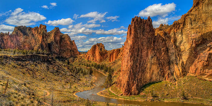 Smith Rock by Amber Schenk