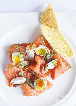 Smoked Salmon And Cream Cheese by Chavalit Kamolthamanon