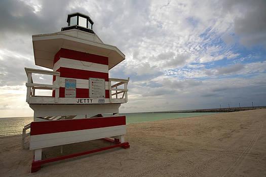 South Beach Lifeguard Tower by Samuel Kessler