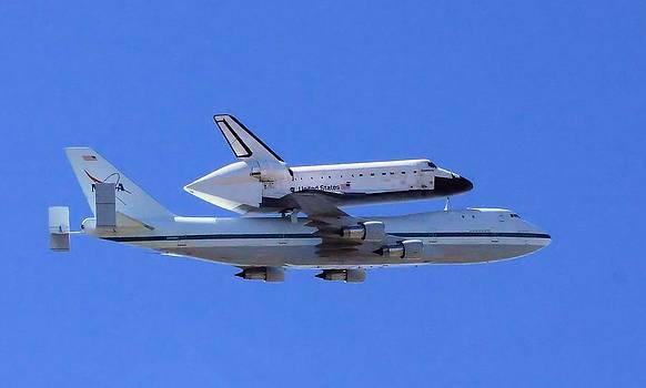 Space Shuttle Endeavour by Judith Szantyr