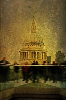 St Pauls Cathedral by Tim Kahane