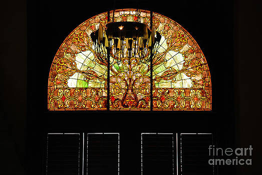 Susanne Van Hulst - Stained Glass in the Trainstation Nashville