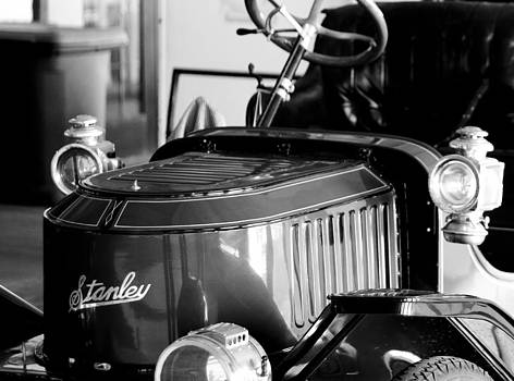 Stanley Steamer by Kevin  Sherf