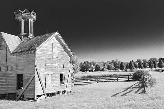 Star Barn Project 20 by Bridget Finn