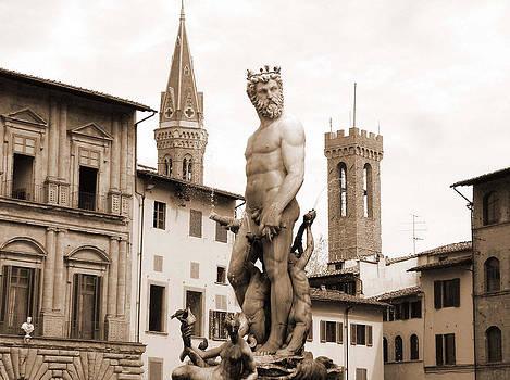 Donna Corless - Statue at Palazzo Vecchio