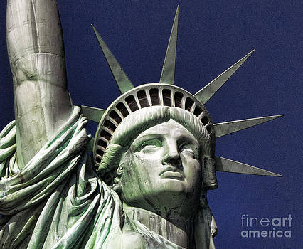 Chuck Kuhn - Statue of Liberty III