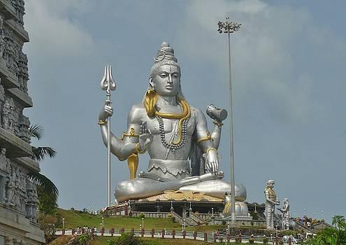 Statue of Lord Shiva at Murudeshwara by Sandeep Gangadharan