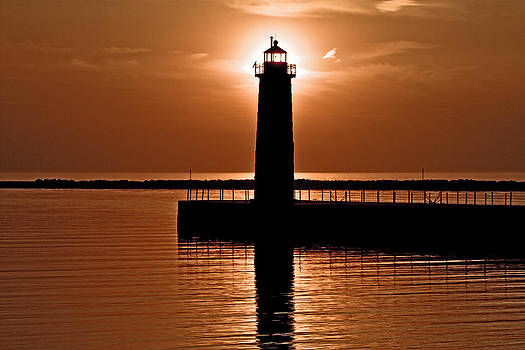 Sun-Lighthouse by Jeramie Curtice