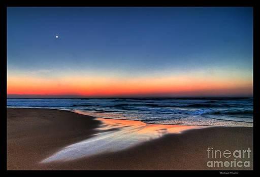 Sun Set Beach by Michael Thoms