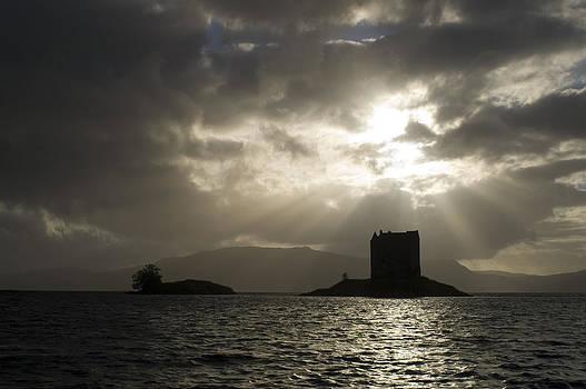 Howard Kennedy - Sunbeams On Castle Stalker