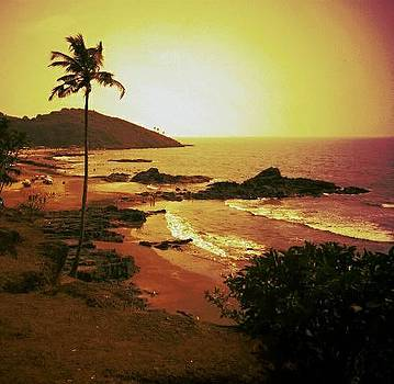 Sunny Beach view by Prashant Upadhyay