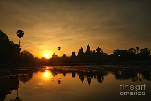 Sunrise at Angkor by Jojie Alcantara