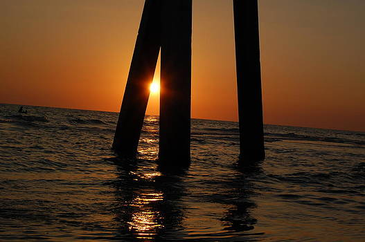 Sunset 3 by Paul Thomley