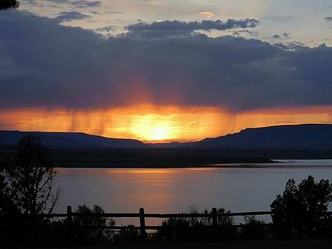 Sunset At Abiquiu Lake NM by Daria Yesieva-Kartsinski