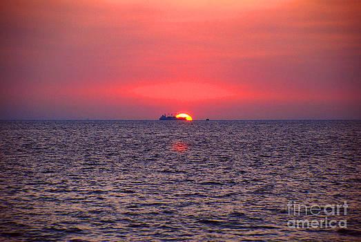 Pravine Chester - Sunset at Colombo