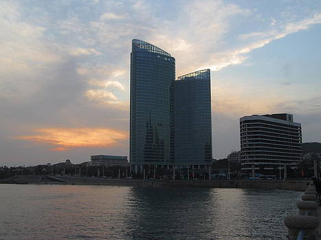 Alfred Ng - sunset at Qingdao Harbour