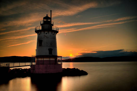 Dave Hahn - Sunset at the 1883 Lighthouse