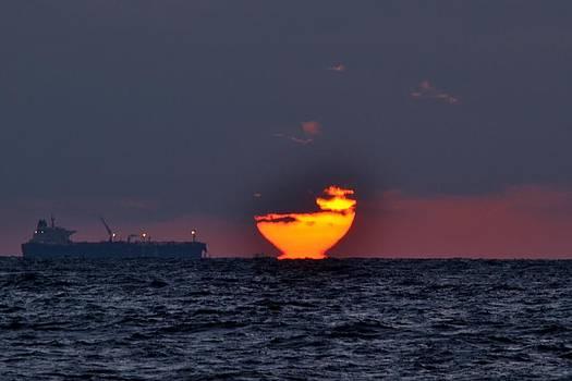 Sunset barge by Ahmed Moustafa