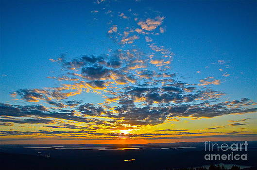 Sunset from top of Cadillac Mountain by Andy Yoon
