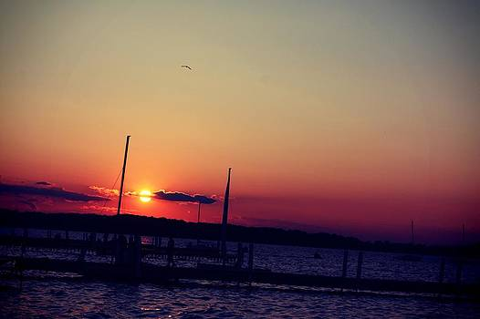 Sunset in Lake Mendota by Xiaoting Kuang