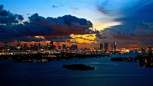 Sunset over Miami 650 by Ronald  Bell