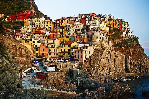 Sunset upon Manarola by  Samdobrow  Photography