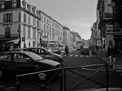 Sur Le Rue Du Versailles by Dorca Dacian