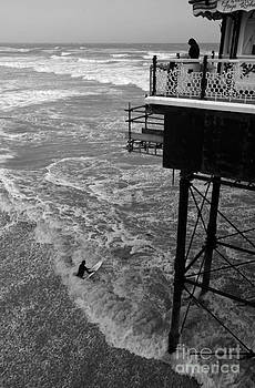 Surf Watcher by Urban Shooters