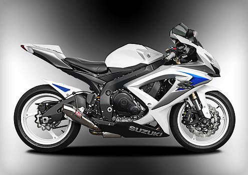 Suzuki gsxR by Carl Shellis