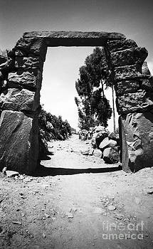 Darcy Michaelchuk - Taquile Island Archway