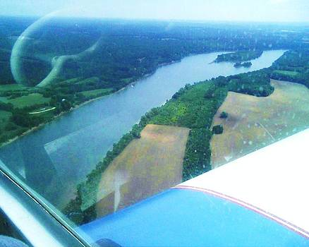 Tennessee River Flying by Dorothy S Guinn
