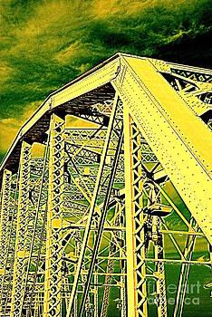 Susanne Van Hulst - The Bridge to The Skies