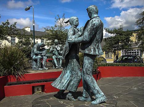 The Dancers by Ralph Brannan