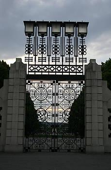 Nina Fosdick - The Gate
