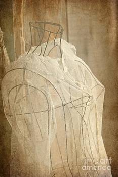 Sophie Vigneault - The Lacemaker