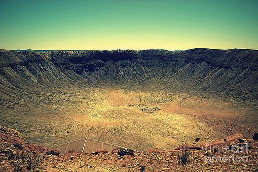 Susanne Van Hulst - The Meteor Crater in AZ 2