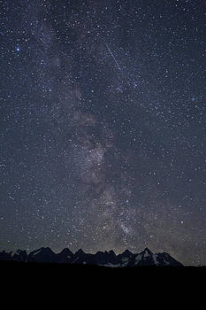 The Milky Way and The Seven Sisters by Brandon Broderick