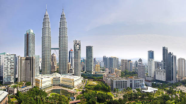 The Petronas Twin Towers by Ng Hock How