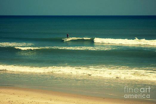 Susanne Van Hulst - The Surfer Guy