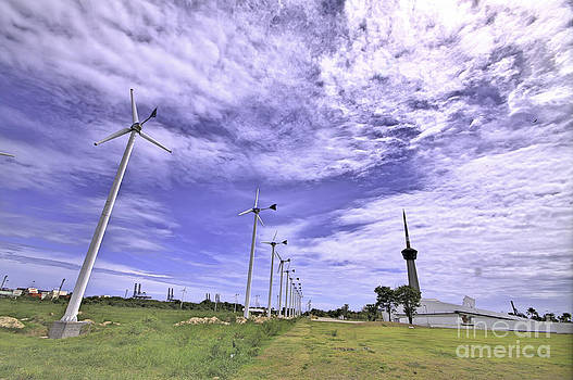 The turbine by Wittaya Uengsuwanpanich