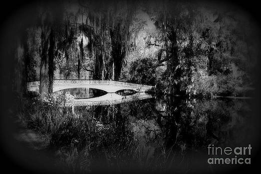 Susanne Van Hulst - The white bridge in Magnolia Gardens SC BW