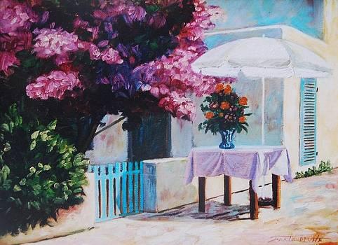 The white table by Santo De Vita